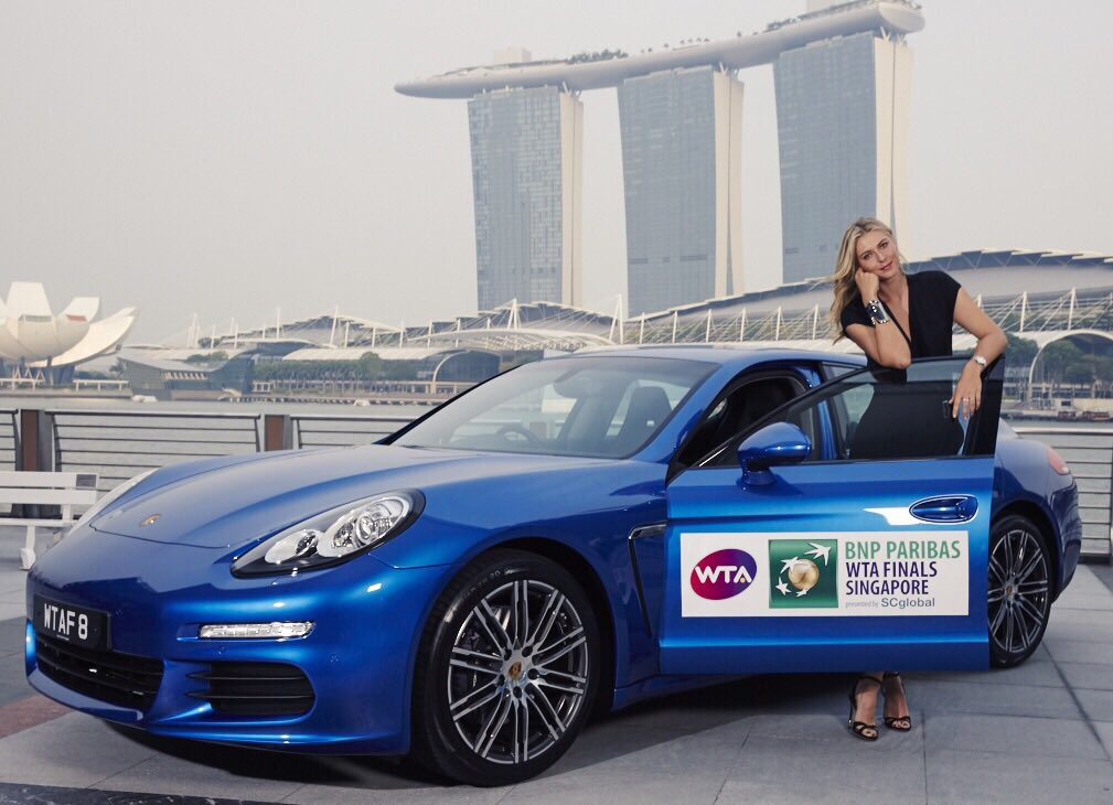 The official car of the @WTA #Finals here in Singapore. Not a bad view right?? ???? @Porsche https://t.co/GjjSloEtHm