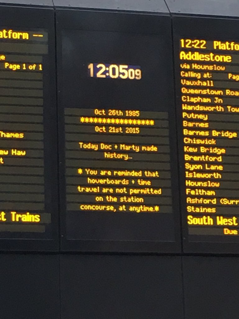 Even Waterloo Station is a #BackToTheFuture fan... Not quite sure what to do with my hover board now though! https://t.co/uQfdikCcaK