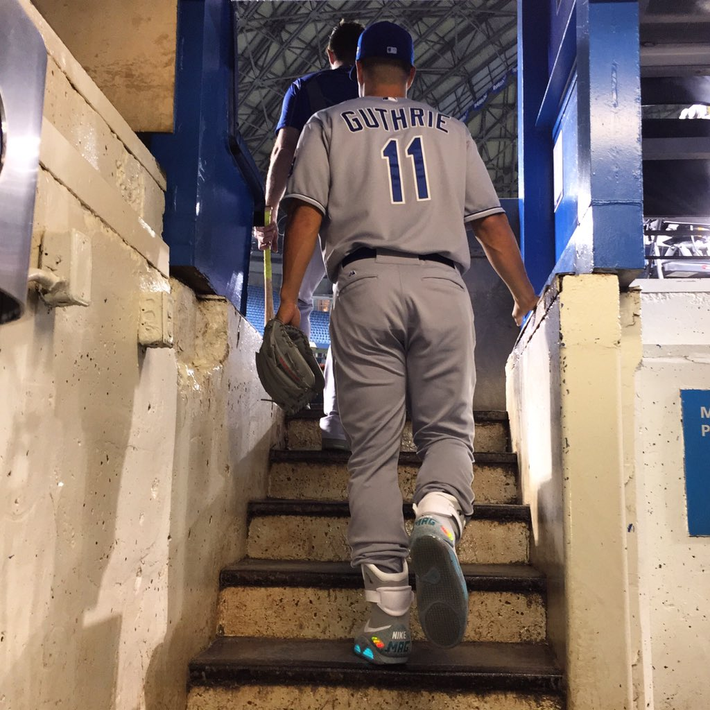 Roads? Where we're going, we don't need roads.   #BackToTheFuture  #TakeTheCrown https://t.co/QjrNPwPvFD