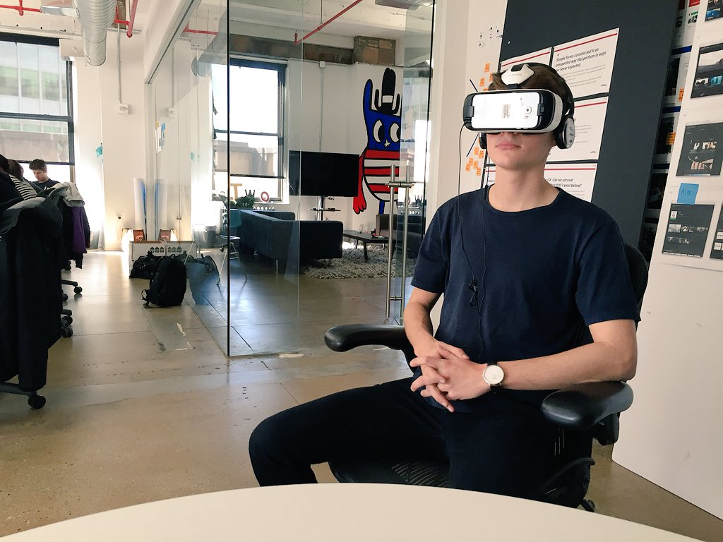 Watching Mr @FinnHarries get lost in the world of #LandsEndGame at @ustwo NY... https://t.co/Kk6cVX1MKD