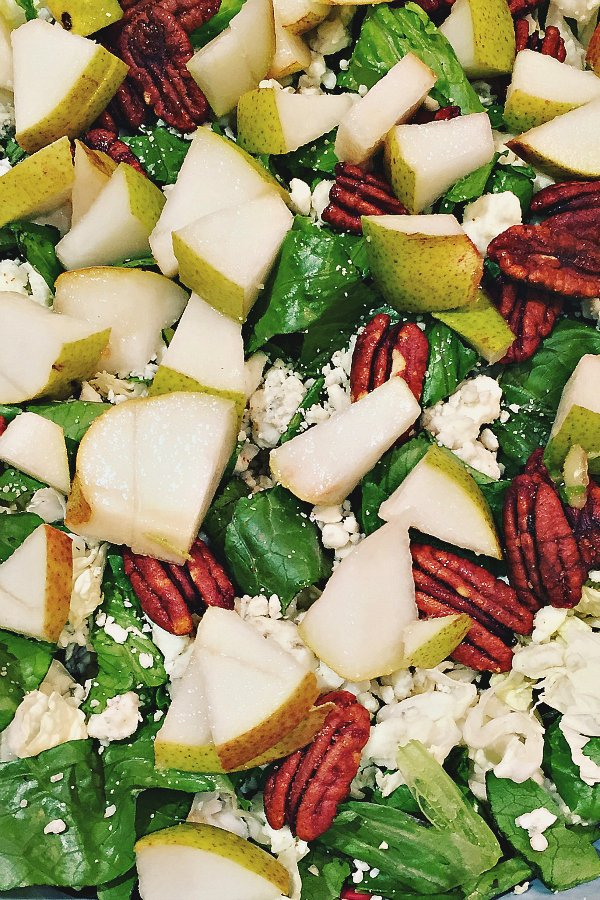 A delicious Pear and Blue Cheese Salad recipe https://t.co/otcXckvgLk from @SandyCoughlinRE https://t.co/QnoJ6k4WU8