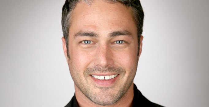 Star of @NBCChicagoFire, @TaylorKinney111 Today @MeredithShow at 2pm on #WISN12 https://t.co/1ujkmfJ03x