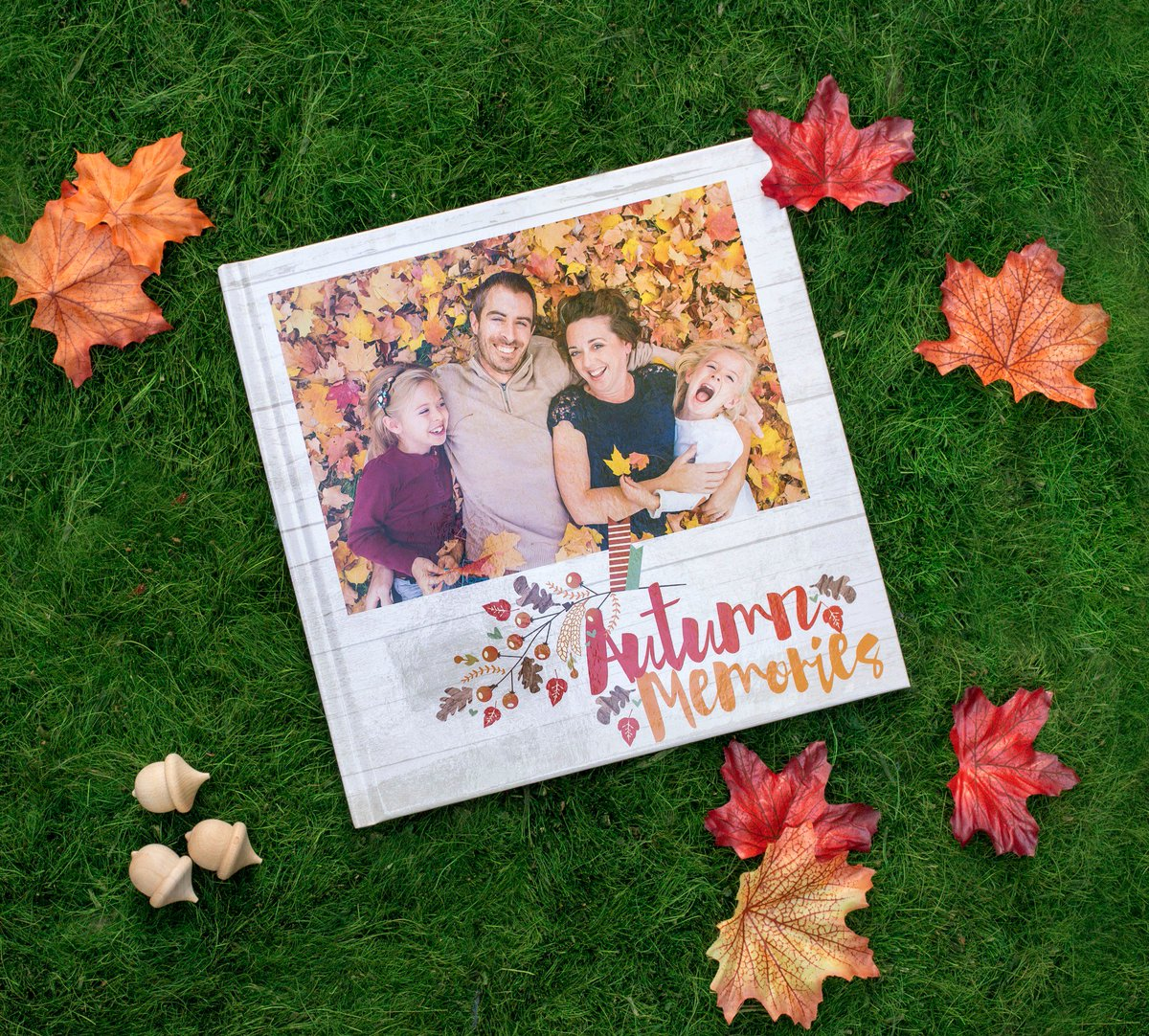 By our friends at Photo Play Paper, the new #Autumn Memories #photobook is here! https://t.co/GGhosxx3vq https://t.co/W1ztPKfo7P