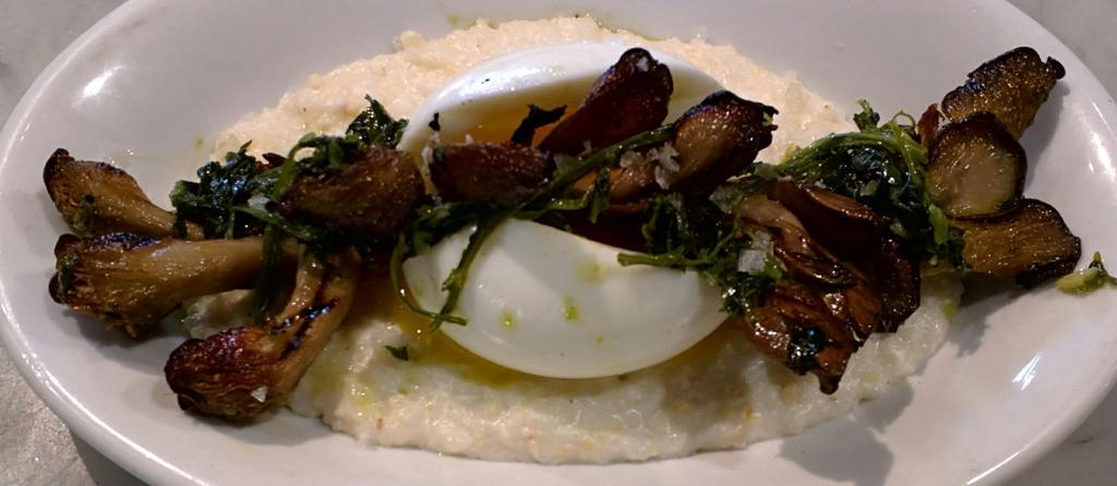 Soft boiled egg over buttery grits topped with roasted oyster mushrooms! Get some tonight! #onlyatthebutcher https://t.co/mvYlcg3twt