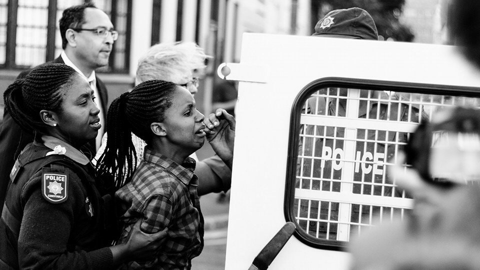 From FB - Tsoku II: She kept asking 'What did I do?  What did I do? '. #FeesMustFall #NationalShutdown https://t.co/YCP4CwBzod