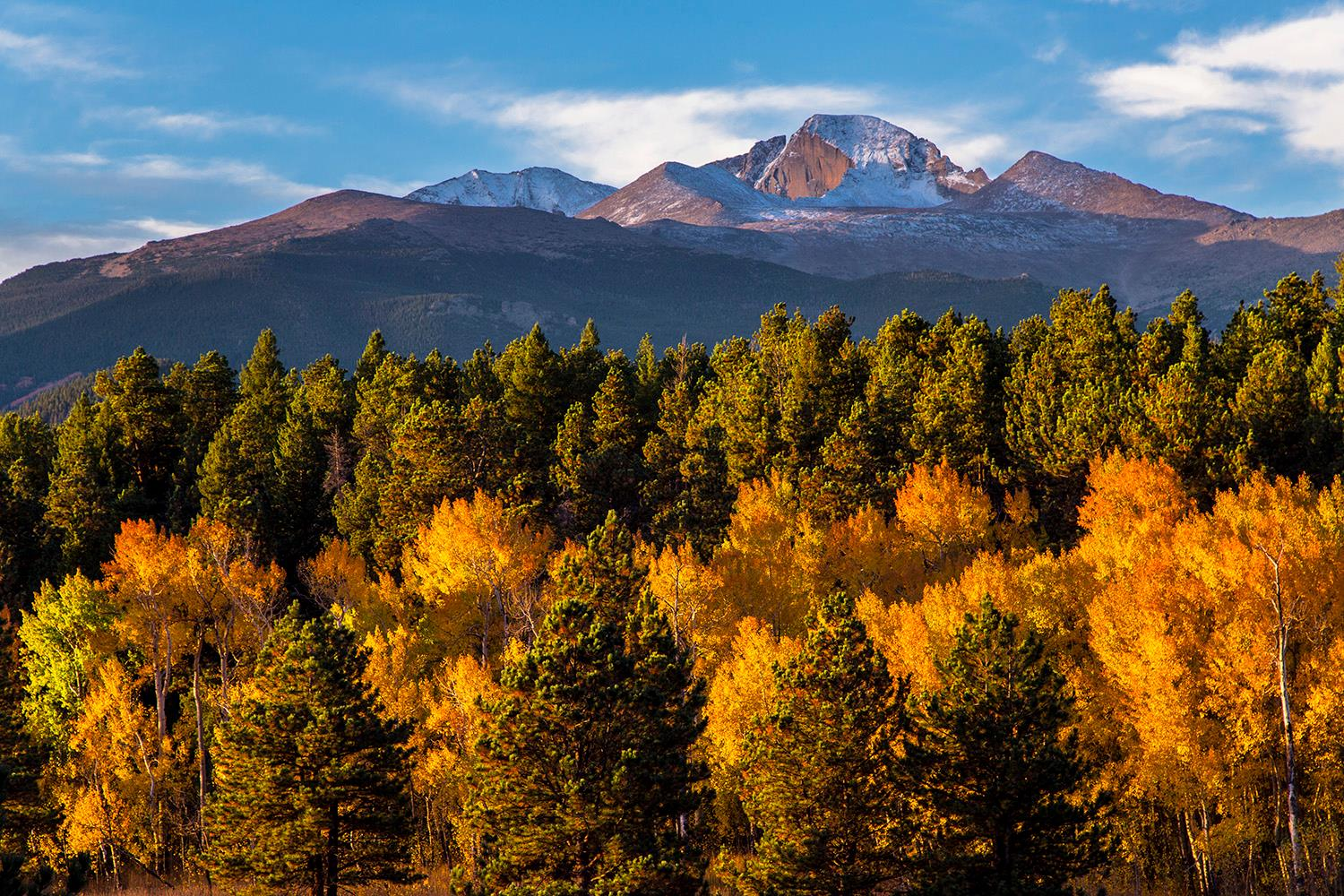 Check out this golden sunrise @RockyNPS! Photo by Jacob W Frank #Colorado https://t.co/XjeEPUdtFD