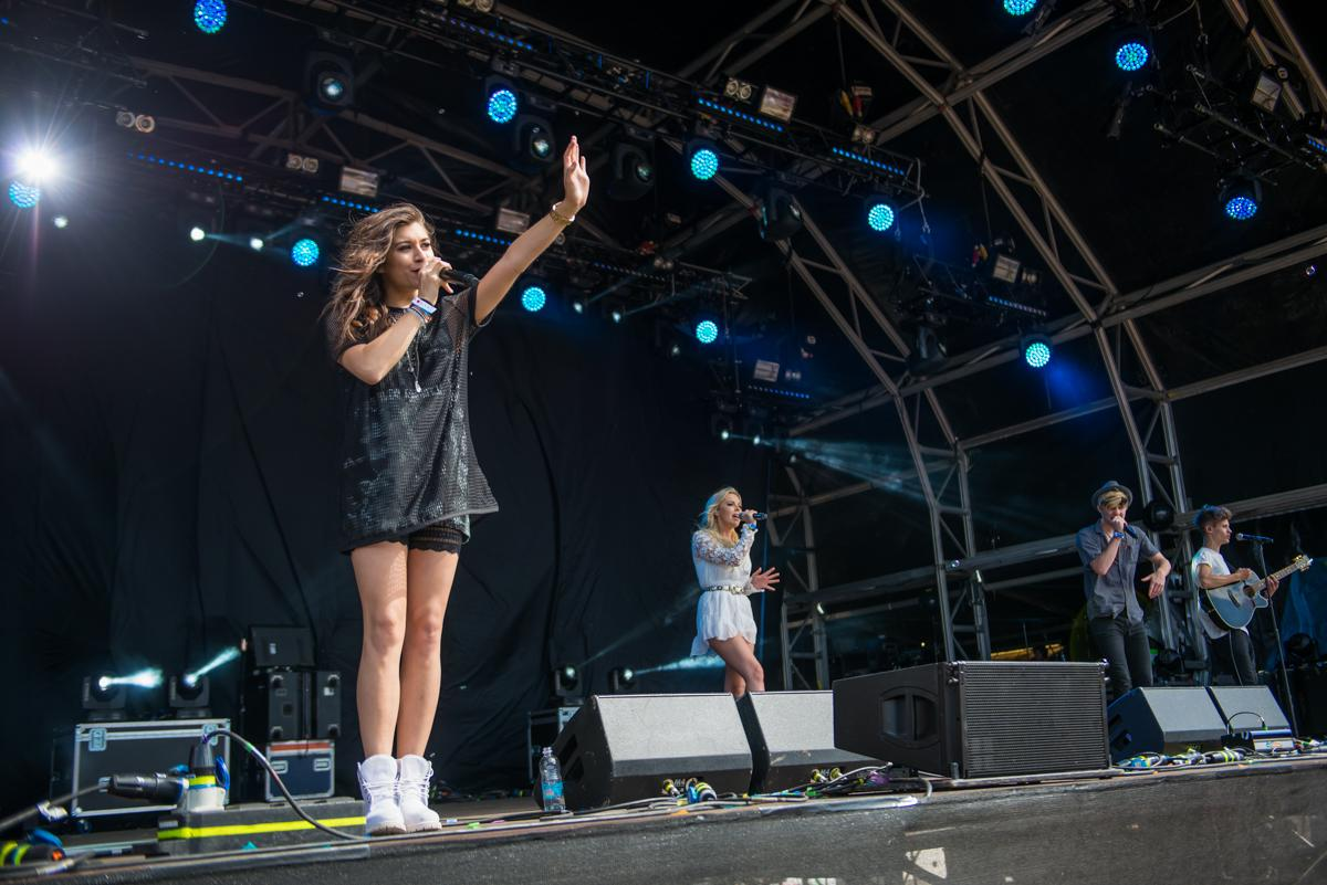 On the Castle Stage at #CampBestival 2015, @OTYOfficial! http://t.co/nnPbrXFsAO
