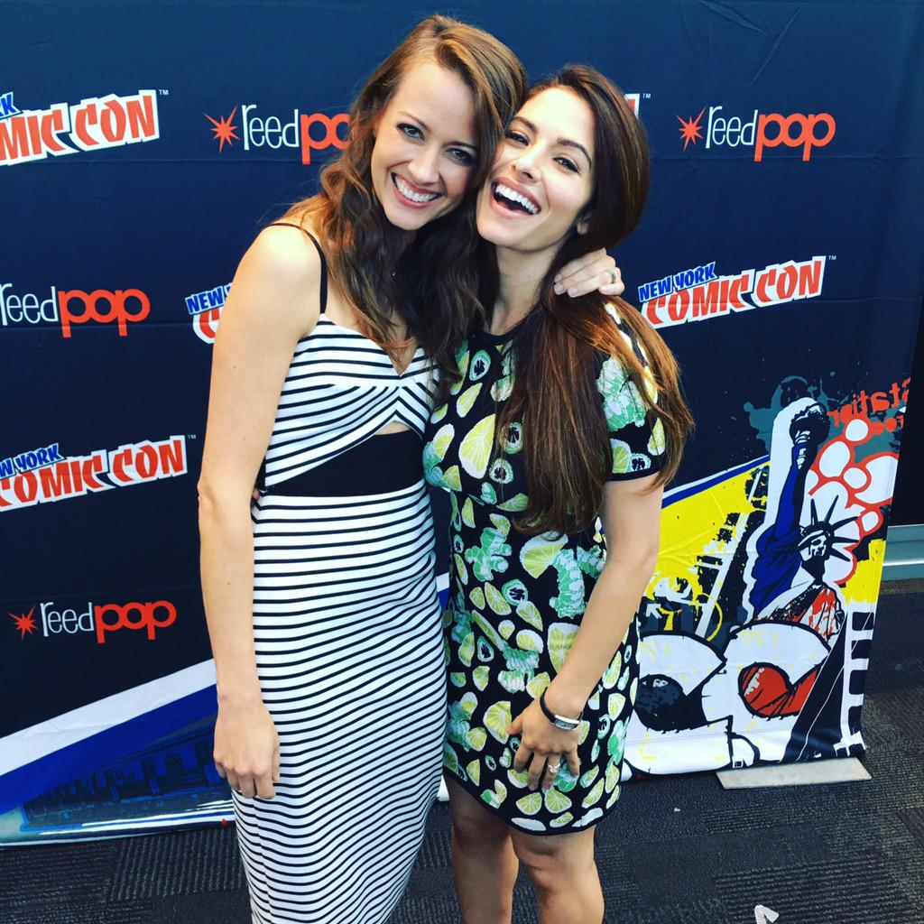 Root and shaw reunited at #NYCC #PersonOfInterest http://t.co/xZ7s3nJeVP