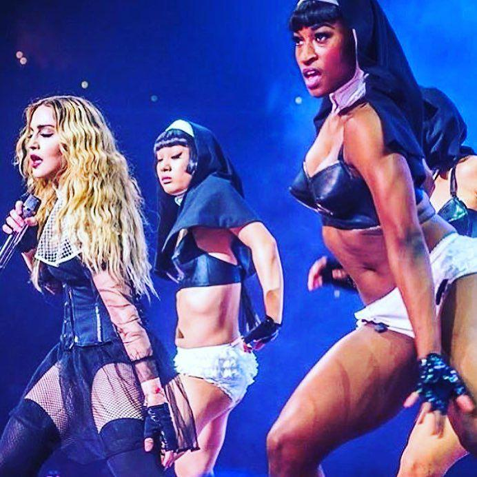 Praying with my Holy Water gang in Edmonton! ❤️ #rebelhearttour http://t.co/jQiKSRkWR0