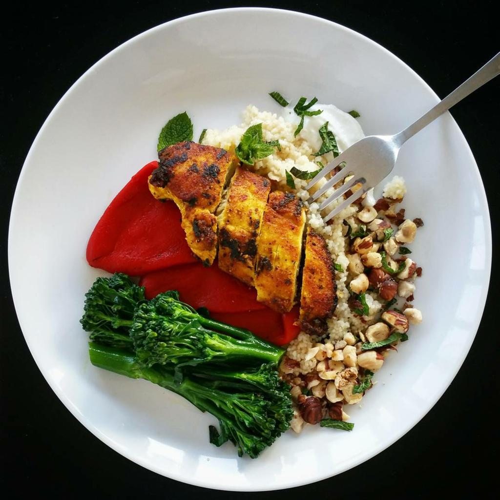 RT @Clerkenwell_Boy: Healthy dinner thanks to @JamieOliver's turmeric chicken recipe ???????????????????? Recipe on C4 tonight! https://t.co/mdvtgbjcyF ht…