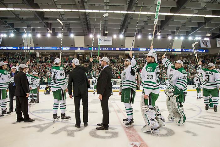 North Dakota is the new No. 1 team in the http://t.co/2QgdyNoa0Z Division I Men's Poll. http://t.co/HKA0wb9Nxe http://t.co/d9MRH4vRK6