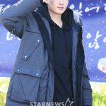 Super Junior ウニョク、入隊現場(10/13) http://t.co/wc1Z0jHwPj http://t.co/A820z5qr9k