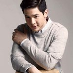 "Alden Richards ""Wish I May"" #1 on Philippines iTunes Top 100 Songs http://t.co/KWNyWoDbA0 #ALDUBStayWithMe http://t.co/HJOYtDYxwP"