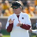 South Carolina head coach Steve Spurrier to retire http://t.co/Tk3YjPrgne http://t.co/PRiciipbSJ