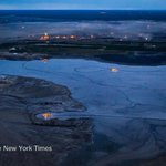 Albertas oil sands boom dries up, taking thousands of jobs with it http://t.co/EDyDb0nXAh http://t.co/WIsYOzWl8a