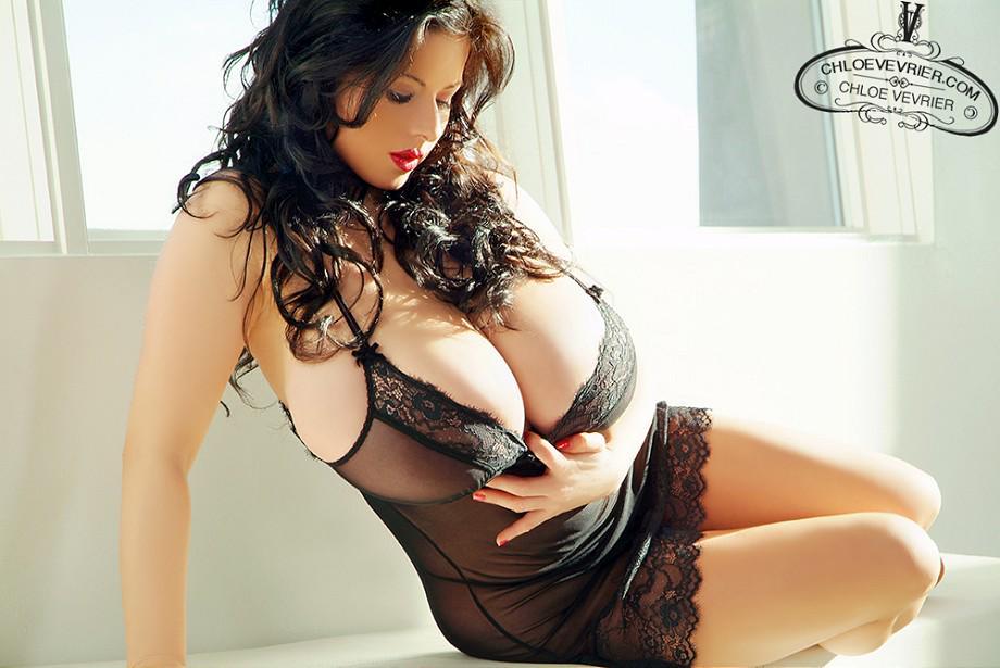 Huge Boobs Bombshell @ChloeVevrier Looking Incredible in ...