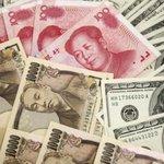 <人民元… 防衛>  【中国、日本国債売却の可能性 ドル調達コスト上昇一因に】 Reuters:http://t.co/qWozt5jh0H  「ドル売り/元買い」の原資に  @iwakamiyasumi @tim1134 http://t.co/lyDhGSpgyQ