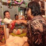 Estoy en el Mercado de Atasta informando a locatarios y visitantes sobre nuestra lucha #PorLaDefensaDelVoto. #Centro http://t.co/SjCYFQPcG7