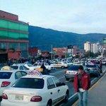 """via @La_Gocha_Brava: """"Así protesta #Merida por la Inseguridad http://t.co/dIxoUP13UA  @traffiCARACAS @trafficMIRANDA #trancaenMerida"""