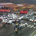via @IrelysB: Taxistas de lineas unificadas en Mérida gran can principales vías en protesta por inseguridad http://t.co/64aPJ42UnJ #Tachira
