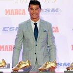 .@Cristiano recibió la Bota de Oro 14/15 y volvió a hacer historia. Ya tiene 4 y es el futbolista que más acumula. http://t.co/tDZHW7BjAS