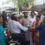 Campaigning on the street as @INCIndia mounts confident challenge to Lefts misgovernance in Thiruvananthapuram http://t.co/qxnxJxxUoj