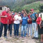 Con el amor del pueblo hicimos el Casa x casa en #Zea, sector la Varita y el Playon! @NicolasMaduro @GobAlexisR http://t.co/0k8ivqgGKr
