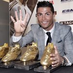 What a special moment in my professional life Winning four Golden Boots it's a privilege... http://t.co/3okk7a7QhG  http://t.co/BeH4Vd4BIq