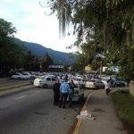 semáforo de av universidad, Mérida http://t.co/IWsWr0Uq4U