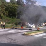 #13O Merideños contra la inseguridad los Taxistas, ESTUDIANTES, el PUEBLO unido contra el RÉGIMEN #TrancaEnMerida http://t.co/HNKCwYkMQi