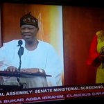 #MinisterialScreening Lai Mohammed takes a bow in an amusing manner https://t.co/uLCsrpTchx http://t.co/aHrbAgLLwT