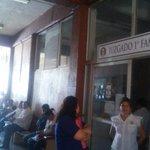 Paralizados los servicios desde las 08:35 horas los juzgados civiles por falta de luz; audiencias se pospusieron http://t.co/aRVIEGp7AB