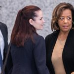 Ex-CPS chief Barbara Byrd-Bennett faces up to 7 1/2 years in prison http://t.co/z3jzU1JTx6 http://t.co/2XB5bt3QiB