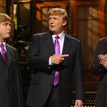 "#SNL is about to get ""huge."" @realDonaldTrump to host http://t.co/hq4DOWLPtF via @CNNMoney http://t.co/HBM3LXKhL2"