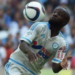 RT si selon-vous Lassana Diarra doit remporter le Trophée UNFP du meilleur joueur de Ligue 1 en septembre ! http://t.co/IBNJMmPOVt