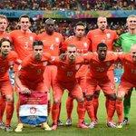 Demi-finalistes de la Coupe du Monde 2014, les Pays-Bas ne se qualifieront probablement pas pour lEuro 2016... http://t.co/t8xdZwvHtx