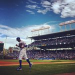 Dexter Fowler takes the field for the #Cubs. Follow Game 4 photos here: http://t.co/E8V2aJmtU3 http://t.co/hTUDqceOp8