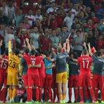 OFFICIEL ! La Turquie (meilleur 3ème) est qualifiée pour lEURO 2016 ! http://t.co/QoMzP1qYSj