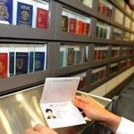 Spore passport still among Top 5 to enjoy visa-free access to countries around the world http://t.co/hgpcIg6UAF http://t.co/fELwxjKjzm