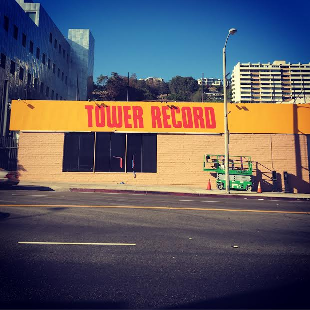 Well hello old friend! Thanks @TowerRecordsDoc & @ColinHanks! http://t.co/UWyz098i26