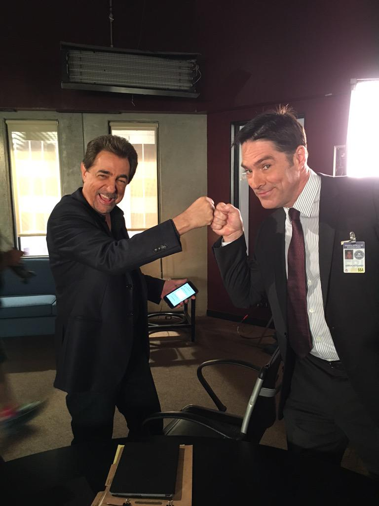 CUBS WIN!!! http://t.co/Y8ZCLGuJw3
