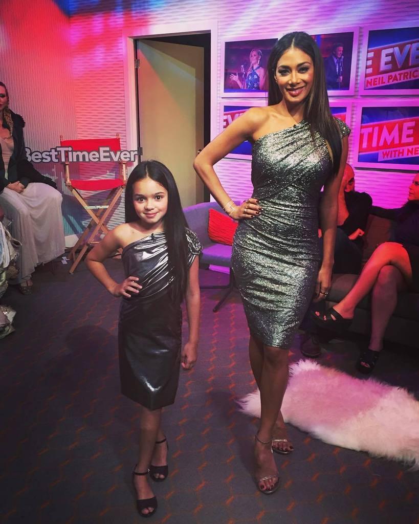 ???? Poses on fleek #BestTimeEver #LilNic http://t.co/s5M8rixC2z http://t.co/D4mABwexvL
