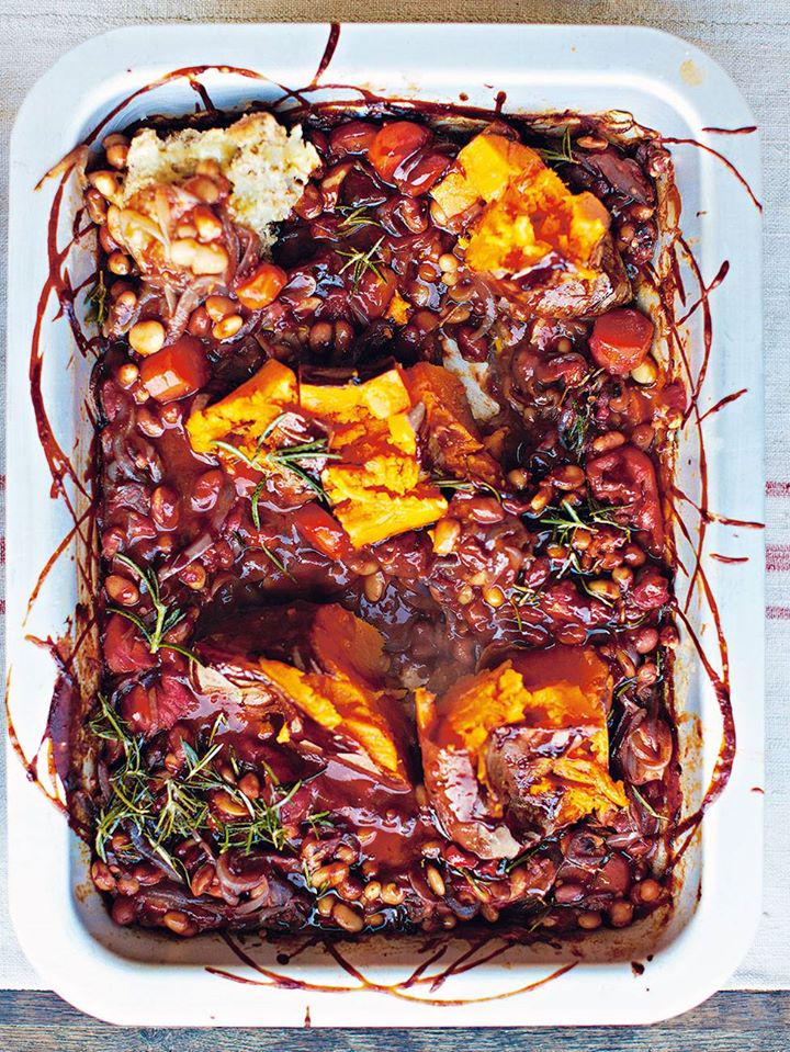 #Recipeoftheday BBQ baked beans with smashed sweet potato.  Comforting and delicious http://t.co/8k8FS61dJ3 http://t.co/AicAGI3MHG