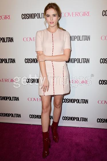 @zoeydeutch chic in pink at @Cosmopolitan 50th Anniversary Party in LA! #LelaRose #Resort2016 http://t.co/jBLdB1uRS3