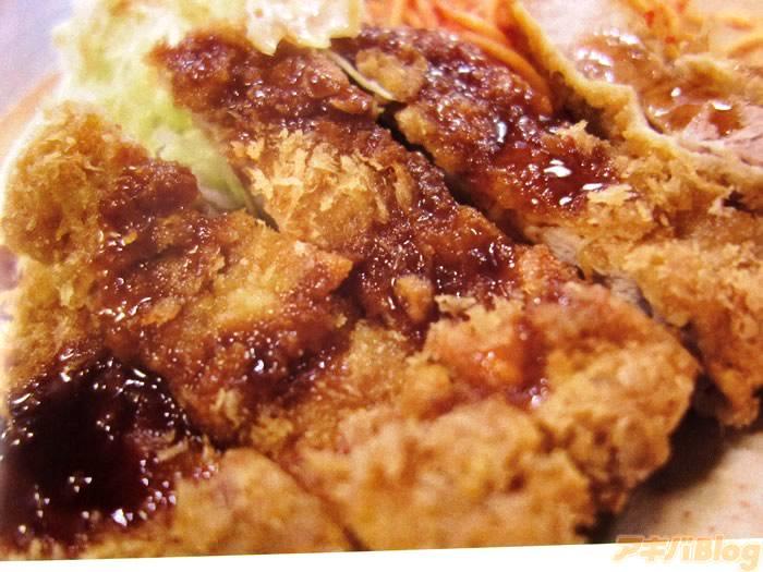 飯テロwww RT @akibablog: 都内9店舗とんかつ同人誌 とんかつ! 「無性に食べたくなってくるんですよ!!」 : アキバBlog http://t.co/0COl90lwlf http://t.co/FGva3JEED1