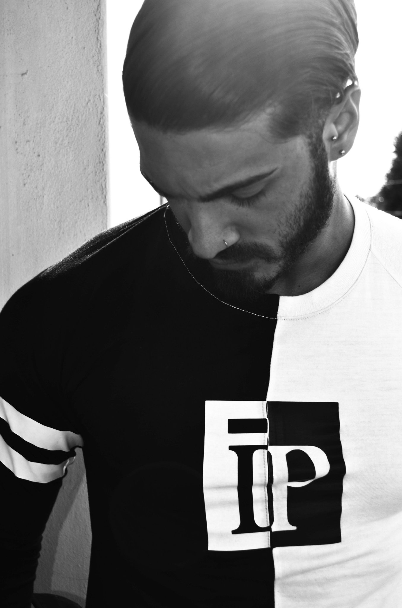 BLACK AND WHITE #fashion #style #menswear #photography #editorial #streetwear #essex #london #ootd #blog #chic #man http://t.co/LBleSS5xeR