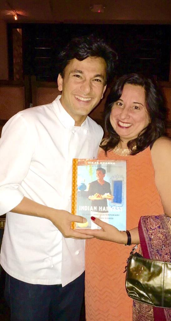 Such a fun evening yesterday as we gathered to celebrate my awesome friend .@TheVikasKhanna 's new cookbook! http://t.co/qlFm9XEkhR
