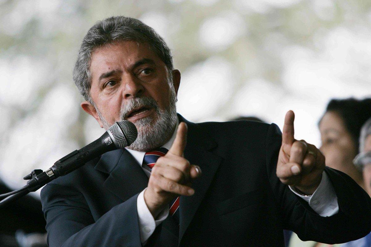 Itália quer interrogar Lula sobre Berlusconi http://t.co/NOUiji6BcL http://t.co/rwqOezTlz6