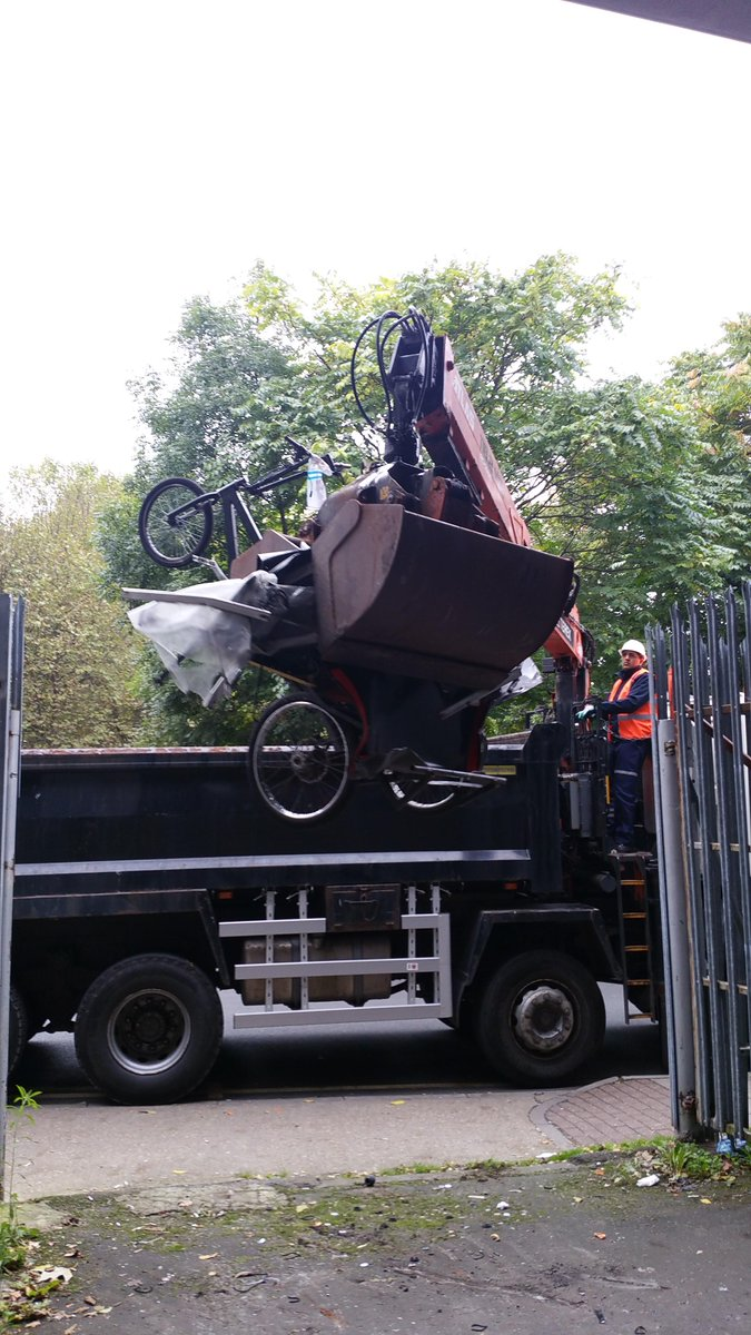 Thanks @LondonLive and @standardnews for witnessing the crushing of illegal rickshaws taken off our West End streets http://t.co/1fzlxA65hw
