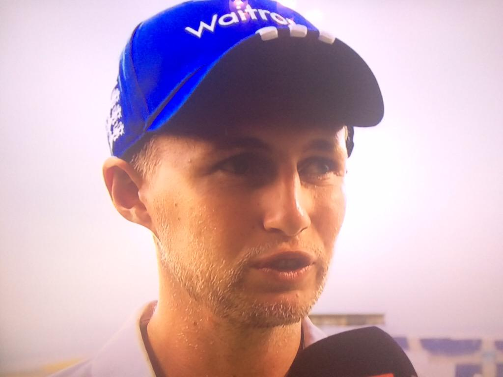 Geez - Alastair Cook batted for so long that even Joe Root grew a beard... #PakvEng http://t.co/Xnt2XVUC3j